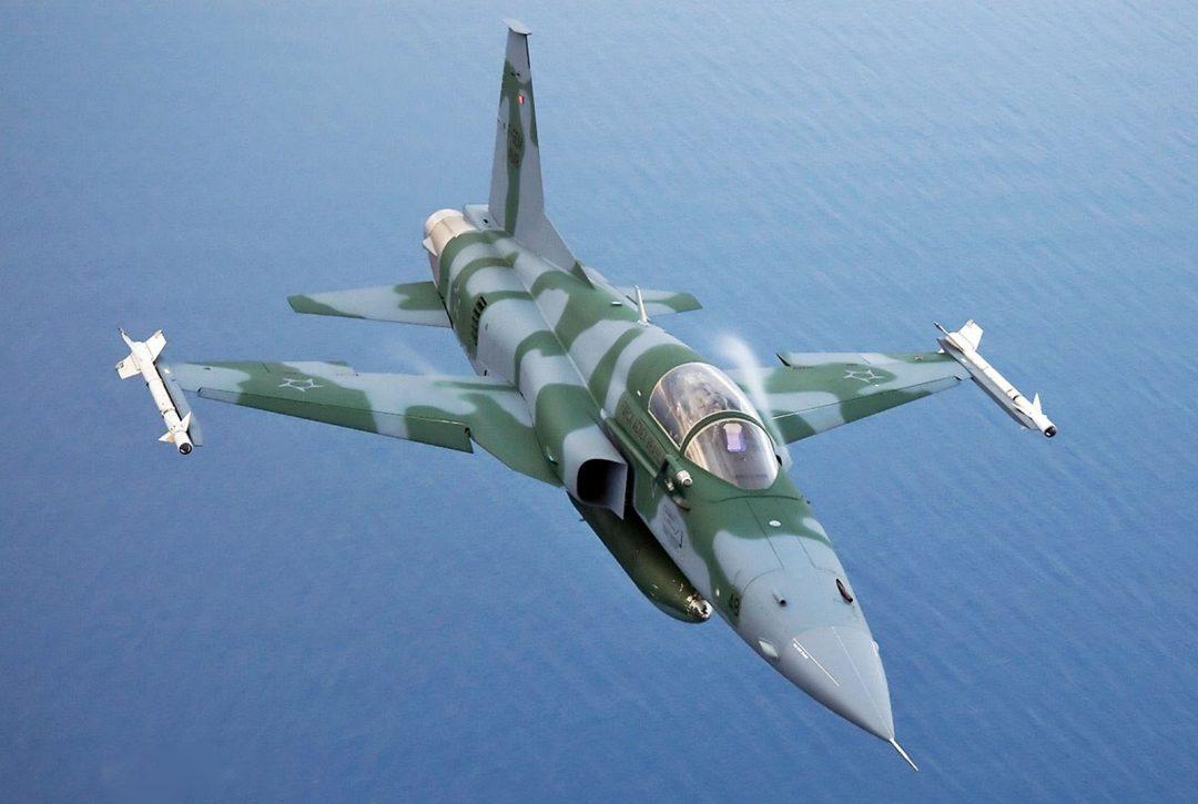 Cazas de Venezuela pueden haber invadido el espacio aéreo brasileño F-5EM