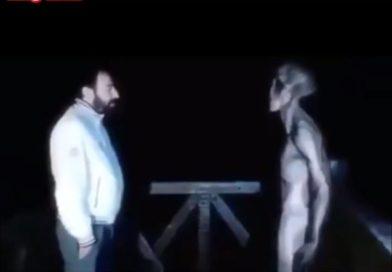 extraterrestre conversando viralizou e já circulou toda a Internet. Montagem? Análise diz que não é tão simples assim (Reprodução)
